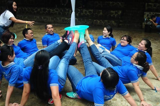 Salah satu bentuk kegiatan outbound yang digelar oleh Bellva Adventure Indonesia di Bandung.