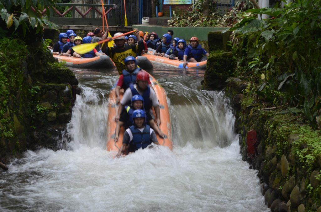 https://www.bellvaadventureindonesia.com/paket-fun-adventure-rafting-subang-ciwidey-pangalengan-sukabumi/
